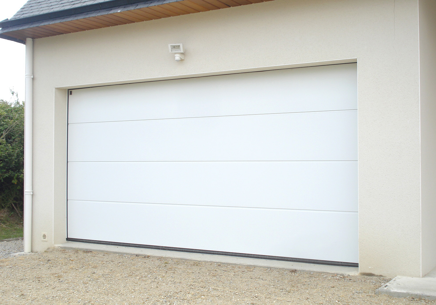 Porte sectionnelle basic 39 for Poser une porte de garage sectionnelle
